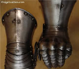 G 002 Graz light cavalry gauntlets showing unique hidden lame wrist articulation developed for loading a weapon